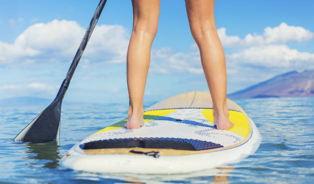 Stand up paddle protege as articulações - Foto: Getty Images