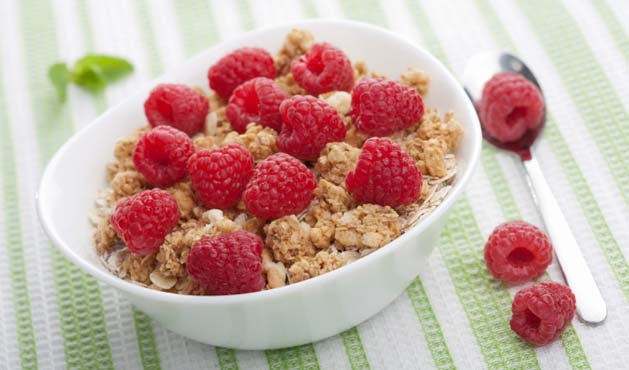 cereal com framboesas - Foto Getty Images