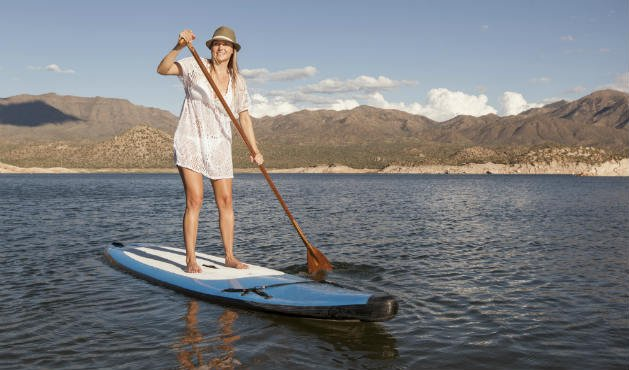 Stand up paddle fortalece membros superiores - Foto:Getty Images