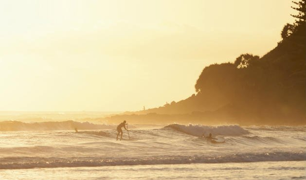 O stand up paddle queima calorias - Foto: Getty Images