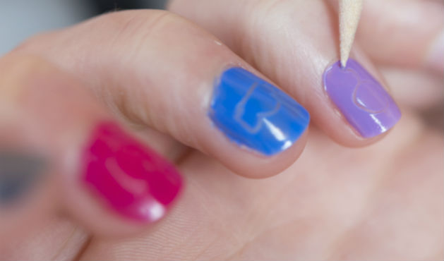 Unhas decoradas negativas - Foto: Getty Images